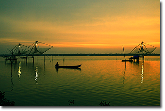 Cochin Chinese fishing nets Concept Voyages
